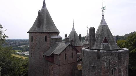 A header image of Castell Coch near Cardiff, which was used in Knightmare.