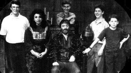 Barry and team (Series 7) in The Quest, the Official Knightmare newsletter. Volume 3, Issue 2.