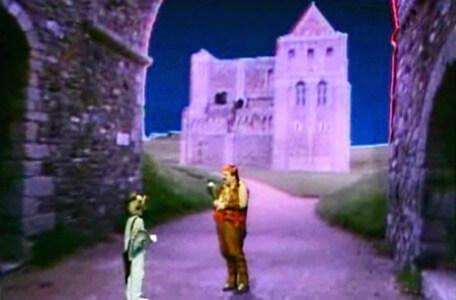 Knightmare Series 4 Quest 2. Alistair flatters the guard Fatilla on the approach to the castle.