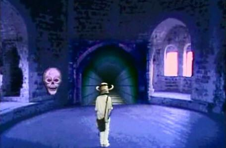 Knightmare Series 4 Quest 2. Alistair must avoid a skull to reach a conveyor belt.