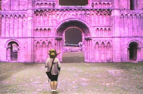 Knightmare Series 4 Quest 3. Nikki arrives in the ruins of Dungarth.