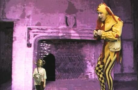 Knightmare Series 4 Quest 3. Nikki returns to full size with Motley the Jester waiting.