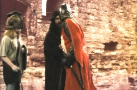 Knightmare Series 5 Team 9. Sir Hugh rescues Kelly from Sly Hands.