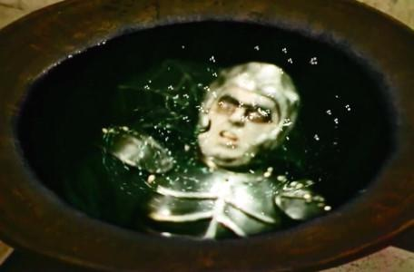 Knightmare Series 6 Team 5. Lord Fear snarls while trapped in his own pool.