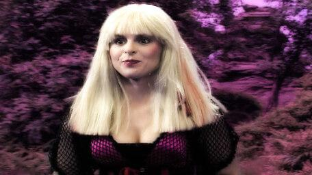 Sidriss the Confused, played by Iona Kennedy. As seen in Series 6 of Knightmare (1992).