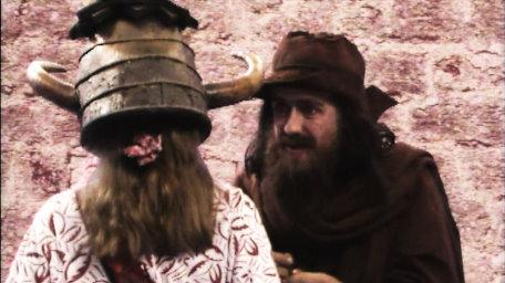 Sylvester Hands, the beggar, played by Paul Valentine. As seen in Series 5 of Knightmare (1991).